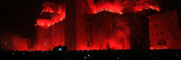 capodanno-ferrara-incendio-castello